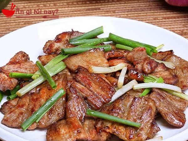 Cách làm món thịt lợn ba chỉ rang đơn giản mà tuyệt ngon