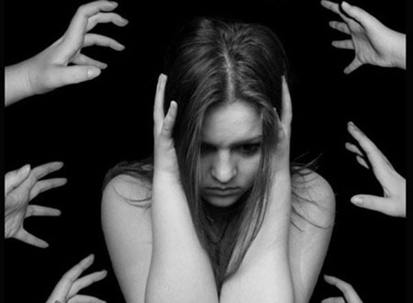 Triệu chứng và cách điều trị bệnh tâm thần phân liệt 1