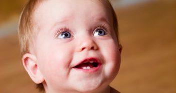 Dinh dưỡng & chăm sóc trẻ trong giai đoạn mọc răng 1
