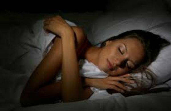 10 mẹo cực hay dành cho người bị mất ngủ kinh niên10 mẹo cực hay dành cho người bị mất ngủ kinh niên 1