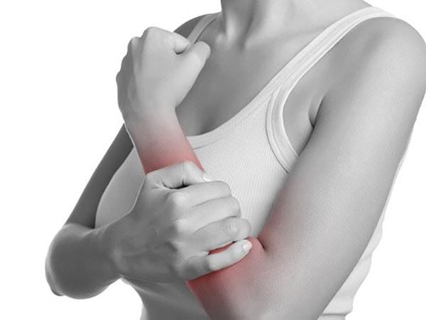 Hội chứng ống cổ tay sau sinh 1
