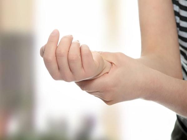 Hội chứng ống cổ tay sau sinh 2