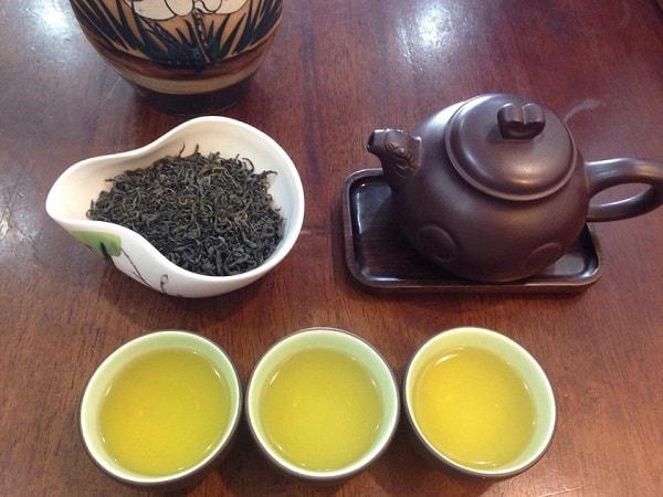 những điều cần lưu ý khi uống trà xanh 2