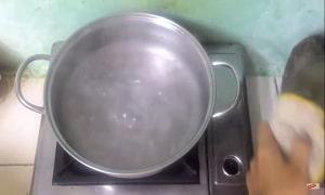 Canh rau muống nấu chua 5