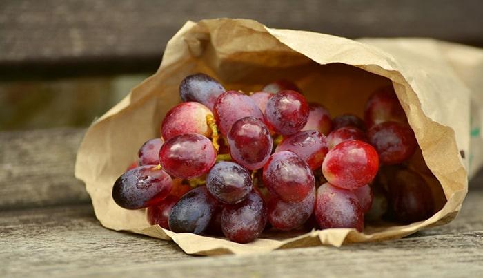 Nho đỏ là loại quả rất tốt cho người bị ung thư