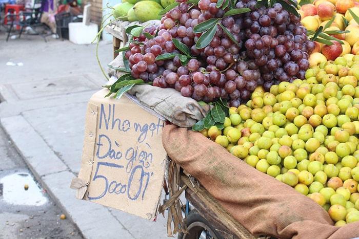 Hãy cẩn thận với nguy cơ ung thư từ trái cây không rõ nguồn gốc