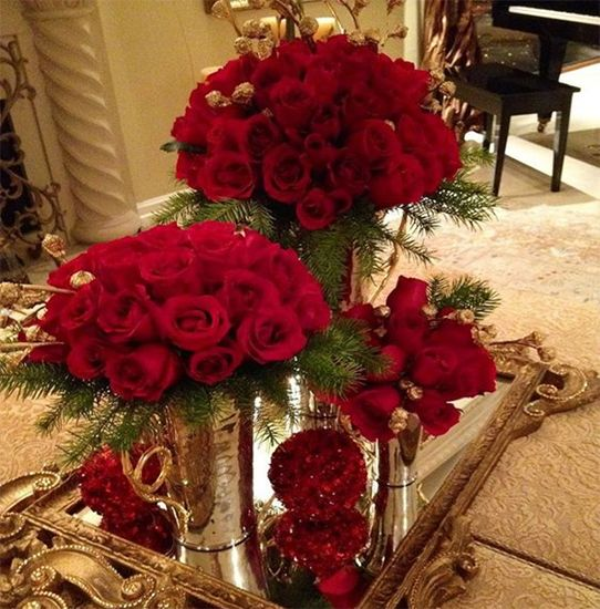 Cắm hoa Hồng Đỏ trong bình