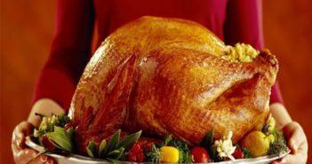Bữa tiệc giáng sinh của người phương Tây không thể thiếu món gì?