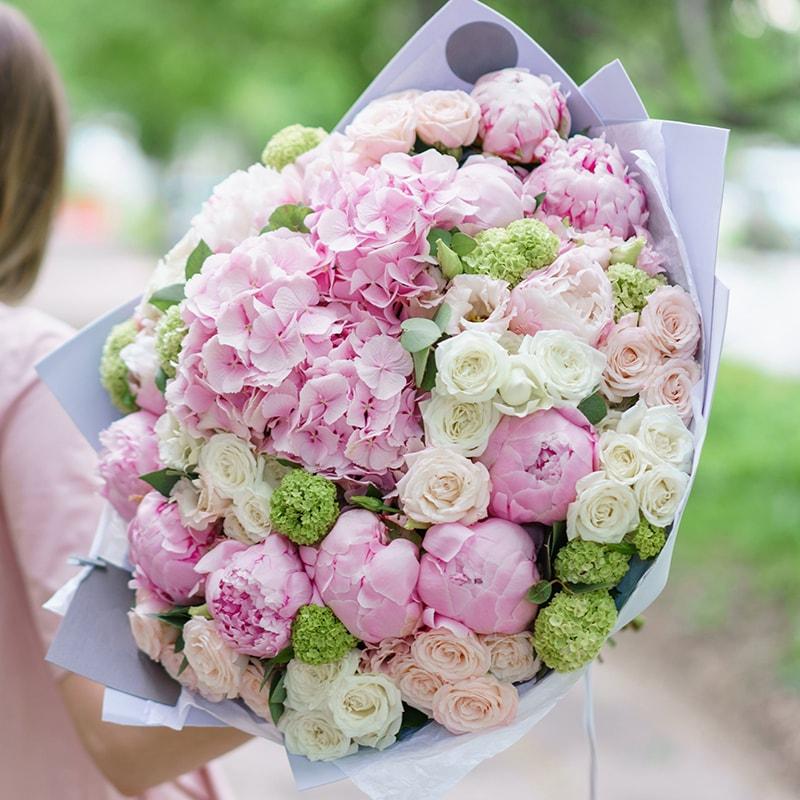 Hoa mẫu đơn là loại hoa rất ý nghĩa để tặng sinh nhật mẹ