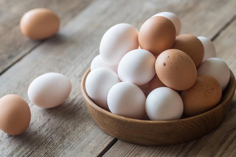 Bị nám da không nên ăn trứng gia cầm