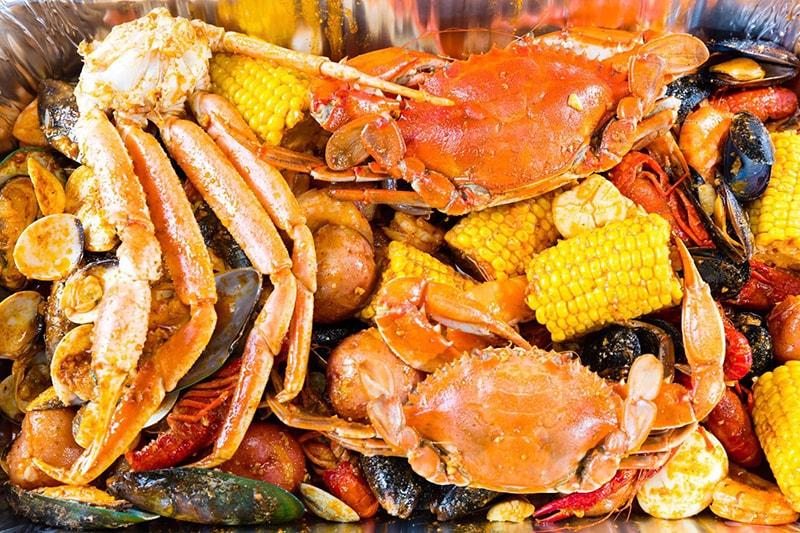 Bị nám da không nên ăn hải sản